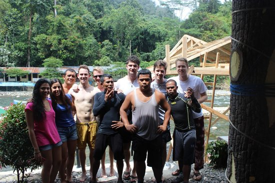 Thomas Jungle Tours - Day Tours: Our great team