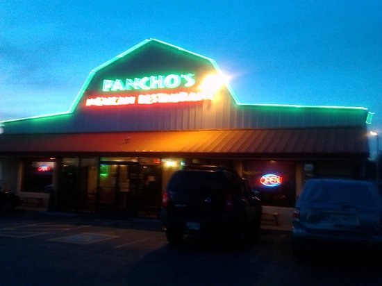 Pancho's Mexican Restaurant: outside at sunset