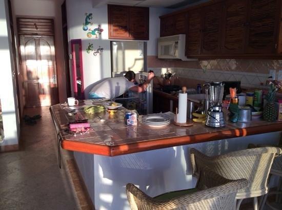 Playa Caribe: kitchen
