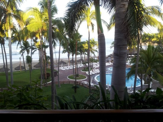 Pueblo Bonito Mazatlan: View during the day from our room