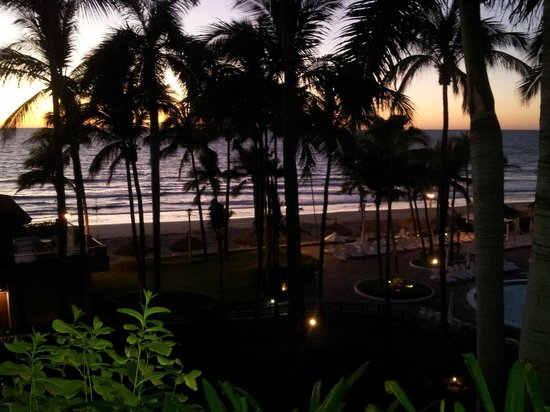 Pueblo Bonito Mazatlan: View at night from our room