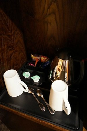 Hilton Strasbourg : Cups were cleaned by hotel staff on a daily basis