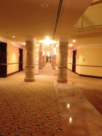 The Empire Hotel & Country Club : a passage way