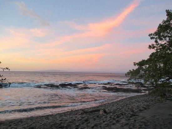 Hotel Riu Guanacaste: sun setting
