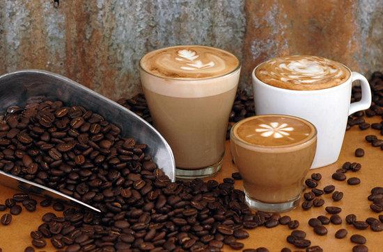 大人気のカフェCoffee Worksで本場のオーストラリア産コーヒーのお土産や見学、カフェ時間も楽しめるマリーバ大人気の観光スポットです