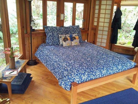 Volcano Rainforest Retreat: Il letto