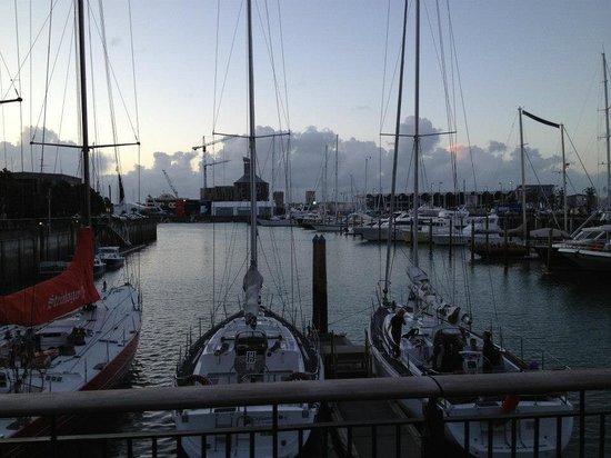 Hilton Auckland : The harbor