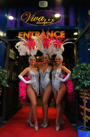 Blackpool, UK: Our VIVA Showgirls are ready to welcome you!