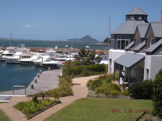 Anchorage Port Stephens : Marina & Houses