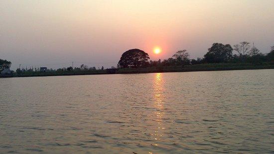 Greenarth Lakeview Resort: lake