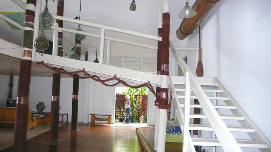 Paradise Inn: Common area