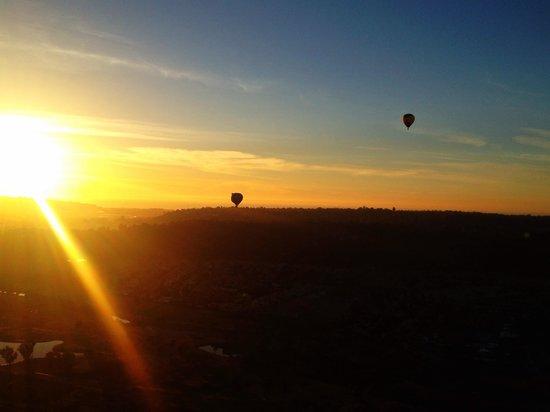 Panorama Balloon Tours: Watching the sunset