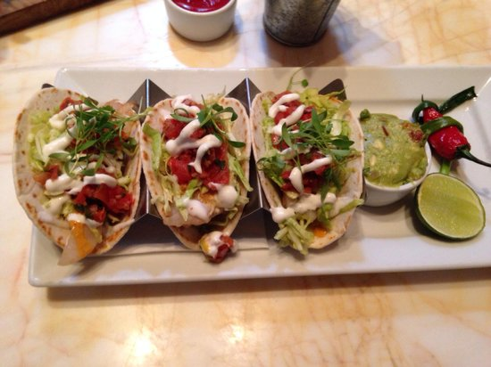 Terrace Pointe Cafe: Fish tacos