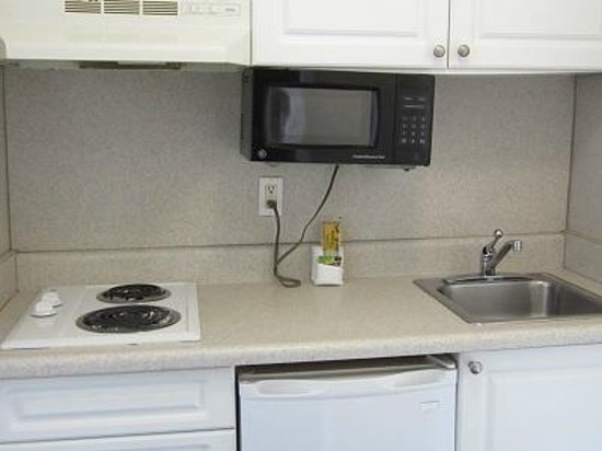 United Inn & Suites : Suite Kitchenette