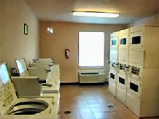 United Inn & Suites : Laundry Facilities