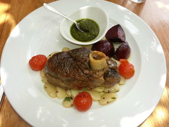 Marianas : Slow cooked lamb with salsa verde