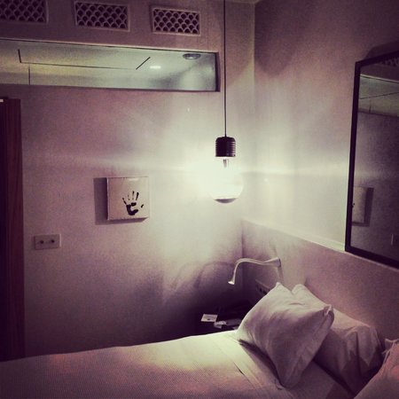 HM Balanguera: Room
