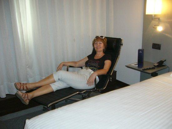 AC Hotel Porto: в номере отеля