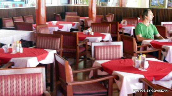 Jeevan Beach Resort: Restaurant