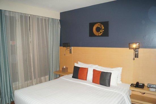 Hotel Solo Sukhumvit 2: Кровать