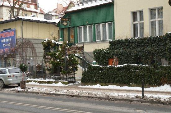 Karczma Irena: Вход в Карчму