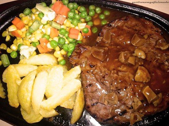 Spice Garden Restaurant: tenderloin steak