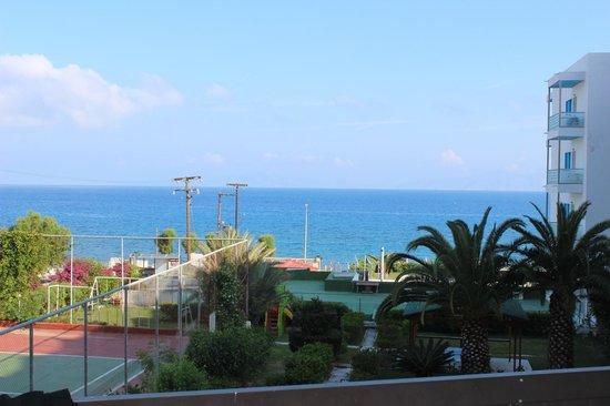 Belair Beach Hotel: Эгейское море- вид с балкона