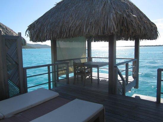 The St. Regis Bora Bora Resort : room