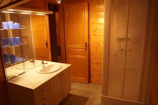 Les Adrets : La salle de bain