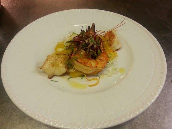 Il Girasole: Prawns with orange salad