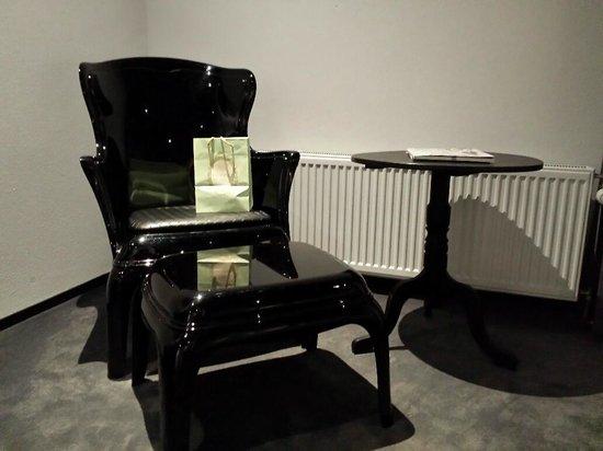 Boutique Hotel Glow: Ein Sessel zum Entspannen