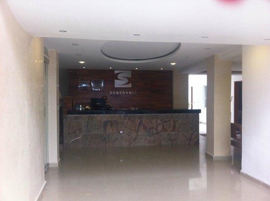 Soberanis Hotel: Réception