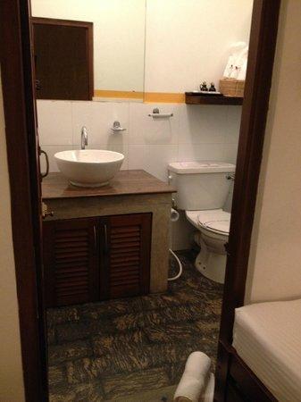 5th Lane House: バスルームも素敵