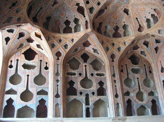 Aali Qapu Palace : 最上階の音楽堂