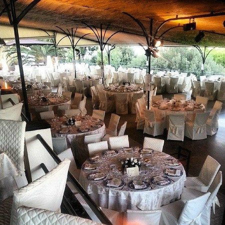 la terrazza per i ricevimenti - Picture of Ristorante ai Castelli ...