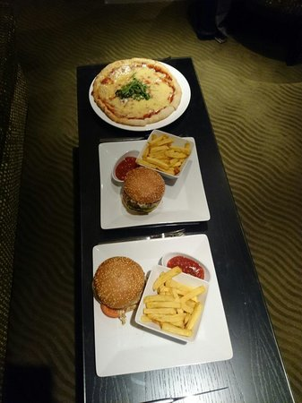 The May Fair Hotel : Room Service - High quality food