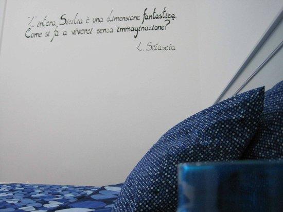 Liola Bed & Breakfast Palermo: Stanza blu