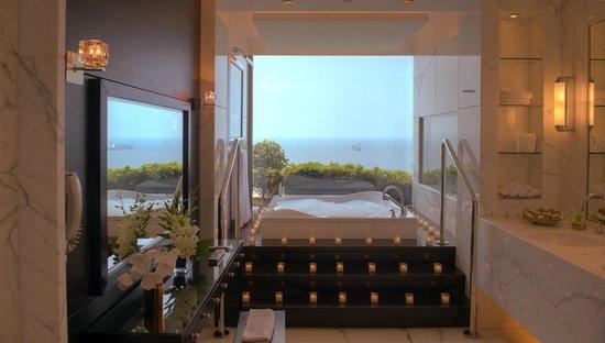Dbayeh, Libanon: Royal Suite Bathroom