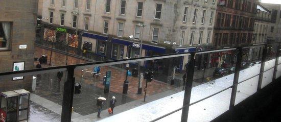 Premier Inn Glasgow City Centre Buchanan Galleries Hotel : 2nd Floor Restaurant Views - Sauchiehall St at the RBS sign