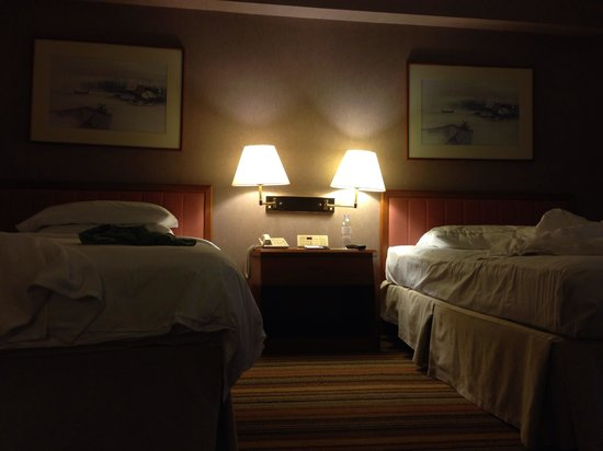 Swissotel The Stamford Singapore: Booked room with king size bed 6 months in advanced and got twin beds