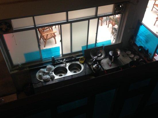 Charlton Kandy Rest : vu sur la cuisine depuis la chambre