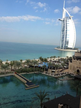 Jumeirah Mina A'Salam : view of Burj al Arab from room