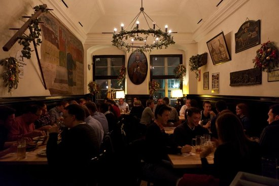 Vetter's Alt Heidelberger Brauhaus: hinterer Gastraum