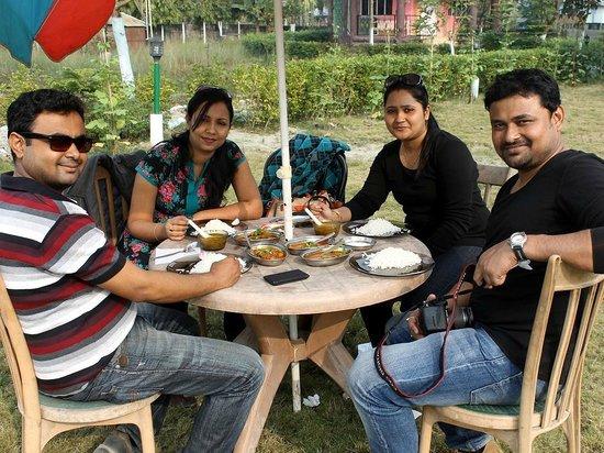 Resort Murti: Together