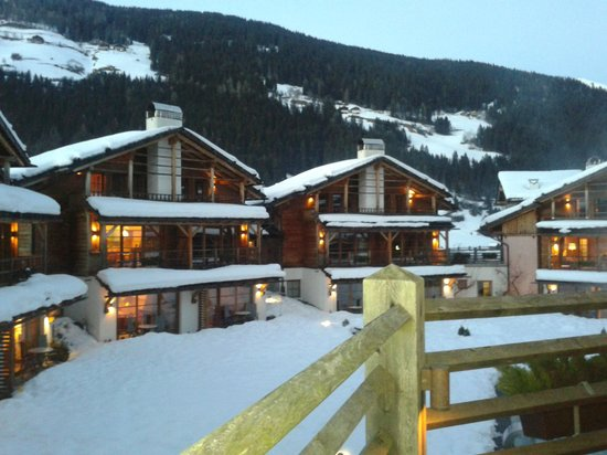 Post Alpina - Family Mountain Chalets: Vista chalet