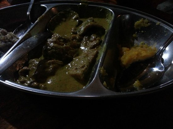 La Goulue : Chicken curry