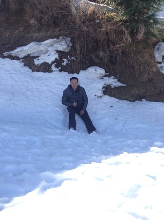 Grand View Hotel: Snow at Dalhousie