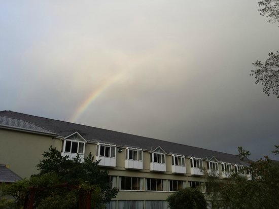 The Earl of Desmond Hotel: Rainbow