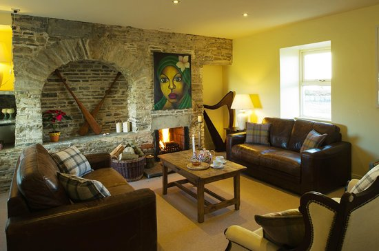 The Cliffs of Moher Retreat: The Living Room