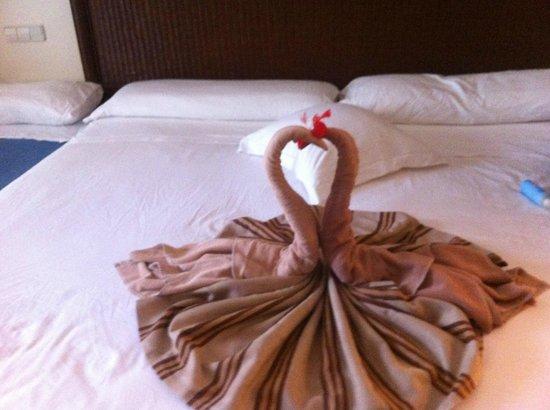 Clubhotel Riu Karamboa : Brinde da camareira